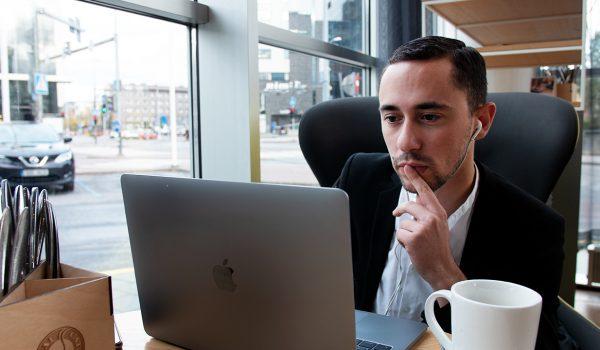 investir-en-bourse-comment-bien-choisir-son-courtier-en-ligne